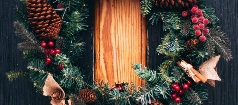 Simple is Sensible - Christmas Wreath - Marcus 2229